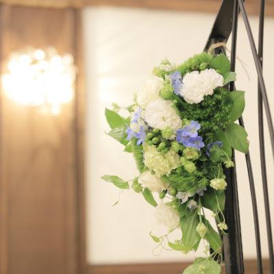 階段装花画像